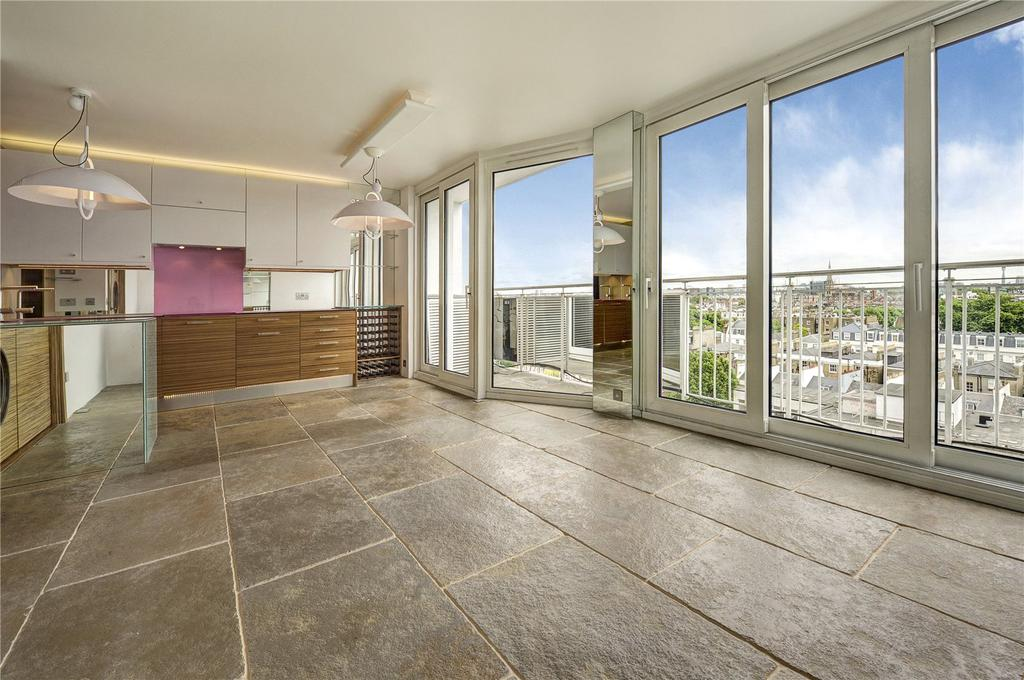 2 Bedrooms Flat for sale in Campden Hill Towers, 112 Notting Hill Gate, London