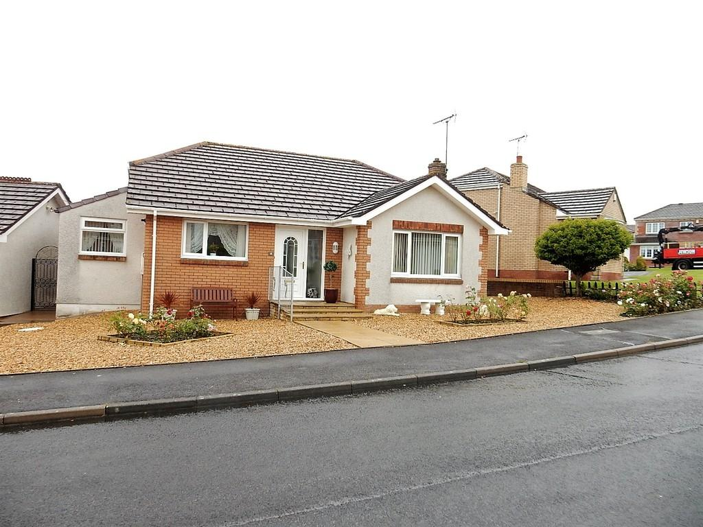 2 Bedrooms Detached Bungalow for sale in Ruskin Close, High Harrington