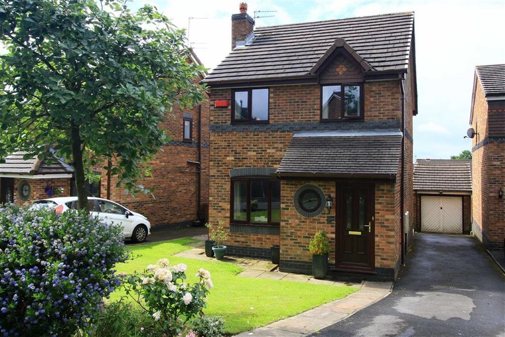 3 Bedrooms Detached House for sale in 17, Hargate Avenue, Norden, Rochdale, OL12