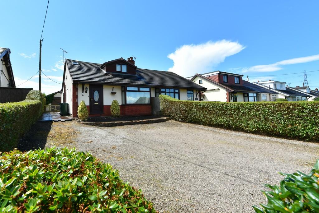 3 Bedrooms Semi Detached Bungalow for sale in Dickets Lane, Lathom