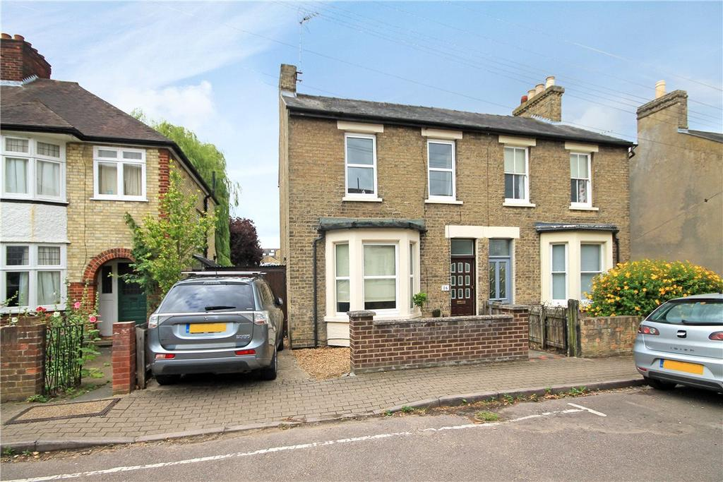 3 Bedrooms Semi Detached House for sale in Garden Walk, Cambridge, CB4