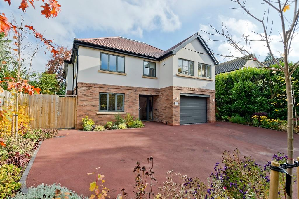 5 Bedrooms Detached House for sale in Spring Coppice Drive, Dorridge