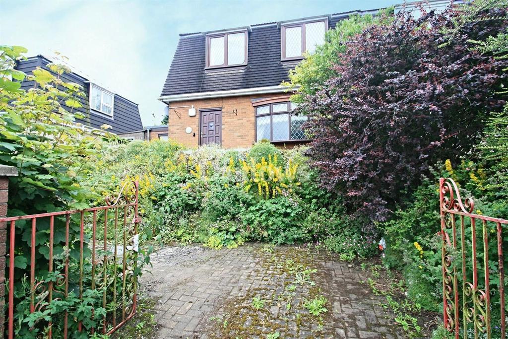 3 Bedrooms Semi Detached House for sale in Cripps avenue, Tredegar, Blaenau Gwent