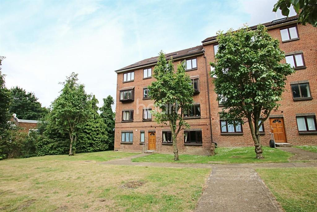 2 Bedrooms Flat for sale in Buckland Hill, Maidstone, ME16