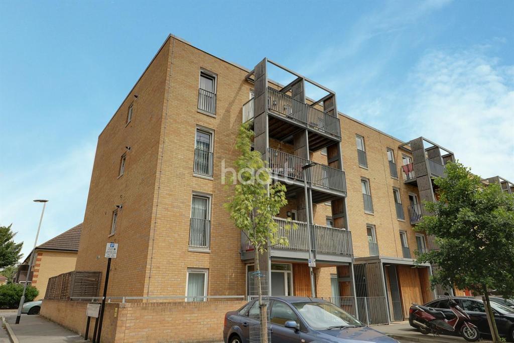 1 Bedroom Flat for sale in Walton Road, Manor Park