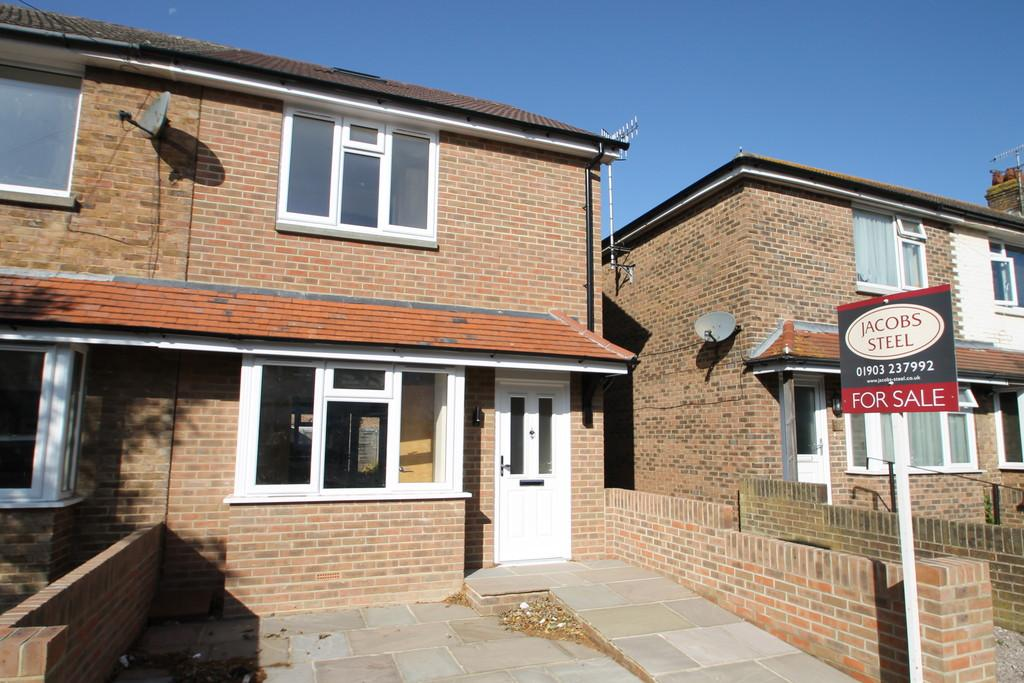 3 Bedrooms End Of Terrace House for sale in St. Elmo Road, Worthing, BN14 7EJ