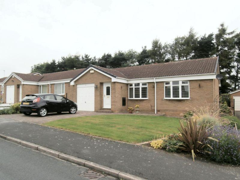 2 Bedrooms Detached Bungalow for sale in Glenfield Drive, Kirk Ella