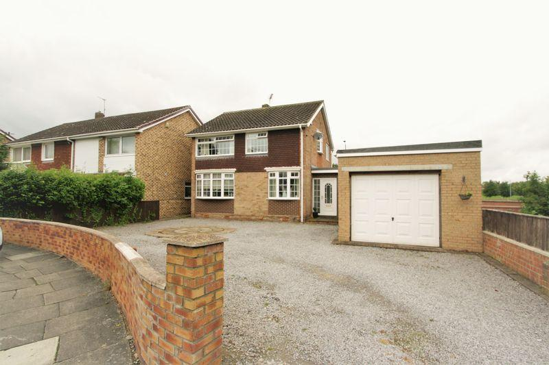 3 Bedrooms Detached House for sale in Oxbridge Lane, Stockton, TS18 4HW