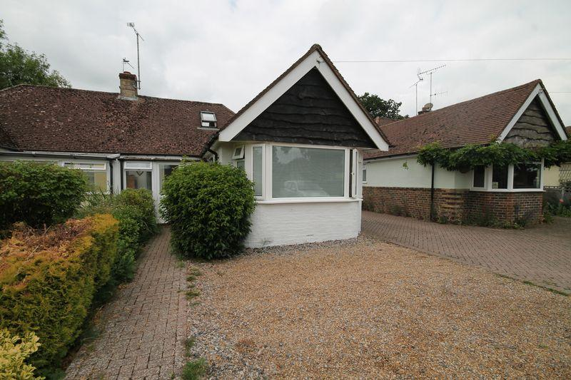 3 Bedrooms Semi Detached Bungalow for sale in Ockley Lane, Keymer, West Sussex,