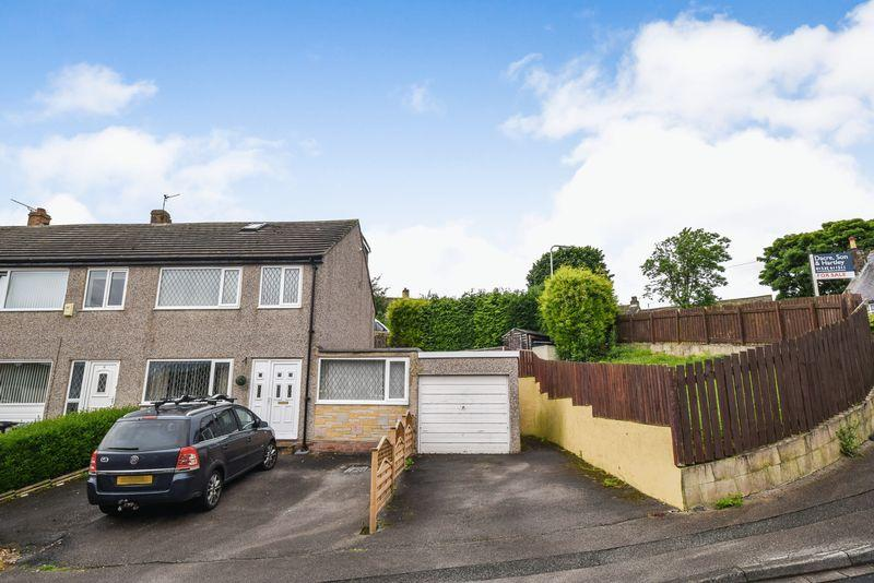 4 Bedrooms Semi Detached House for sale in Raynham Crescent, Keighley