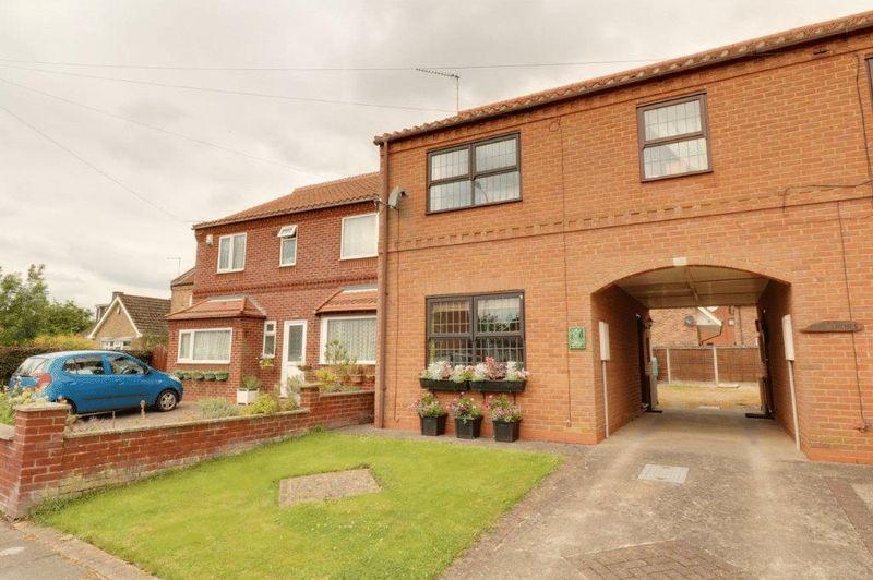 2 Bedrooms Semi Detached House for sale in The Sty, Town Street, Barrow Upon Humber