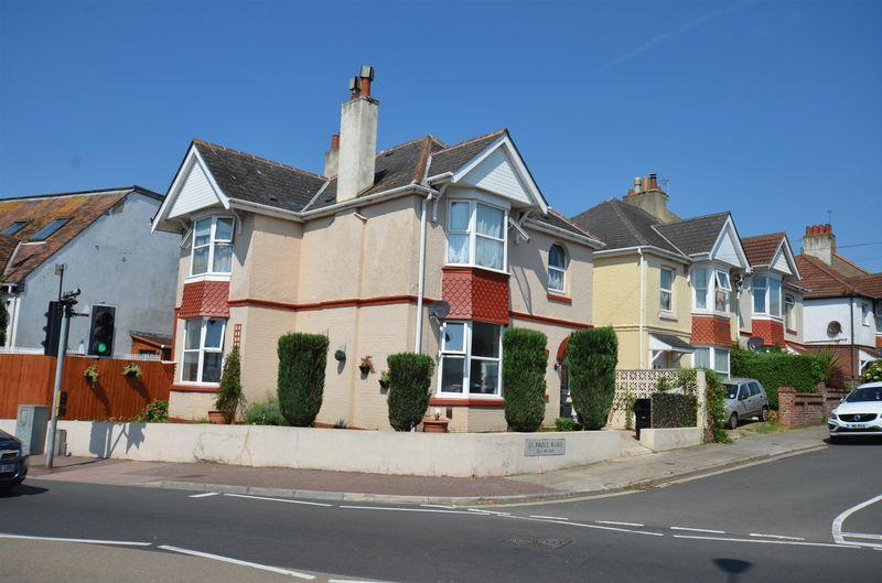 4 Bedrooms Detached House for sale in St Pauls Road, Preston, Paignton