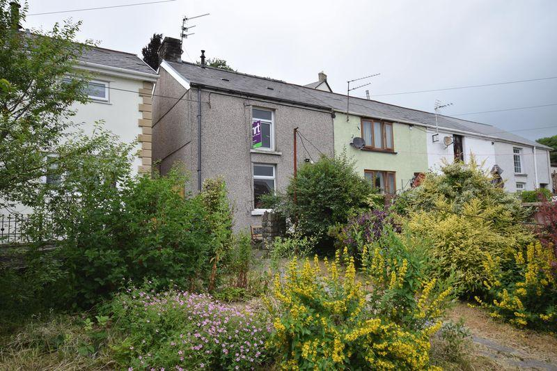 2 Bedrooms Cottage House for sale in 2 Chapel Street, Brynmenyn, Bridgend, CF32 9LD