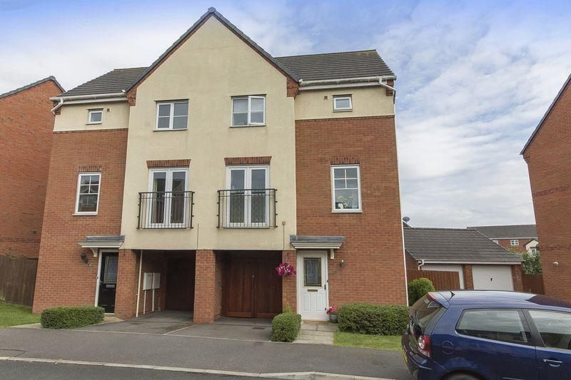 3 Bedrooms Semi Detached House for sale in Trusley Brook, Derby