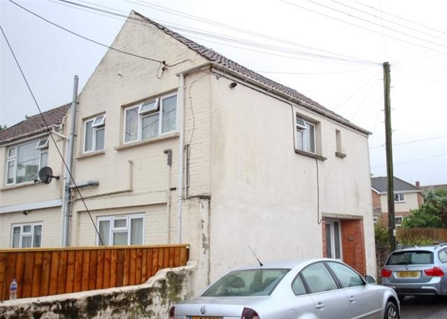 2 Bedrooms Flat for sale in Tappers Lane, North Petherton, Bridgwater