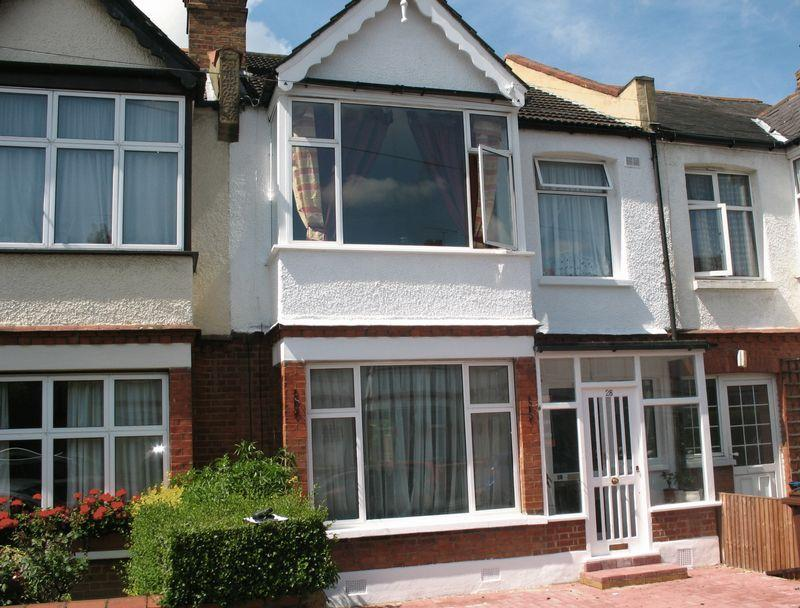 3 Bedrooms Terraced House for sale in Montgomery Road Edgware HA8