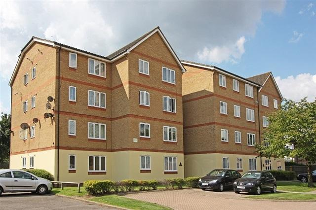 Studio Flat for sale in 11 LONGFIELD DRIVE, MITCHAM