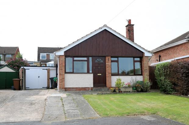 2 Bedrooms Bungalow for sale in Paddock Close, Melton Mowbray, LE13