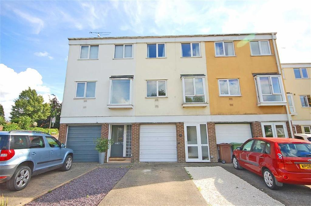 4 Bedrooms Town House for sale in Brook Vale, Charlton Kings, Cheltenham, GL52