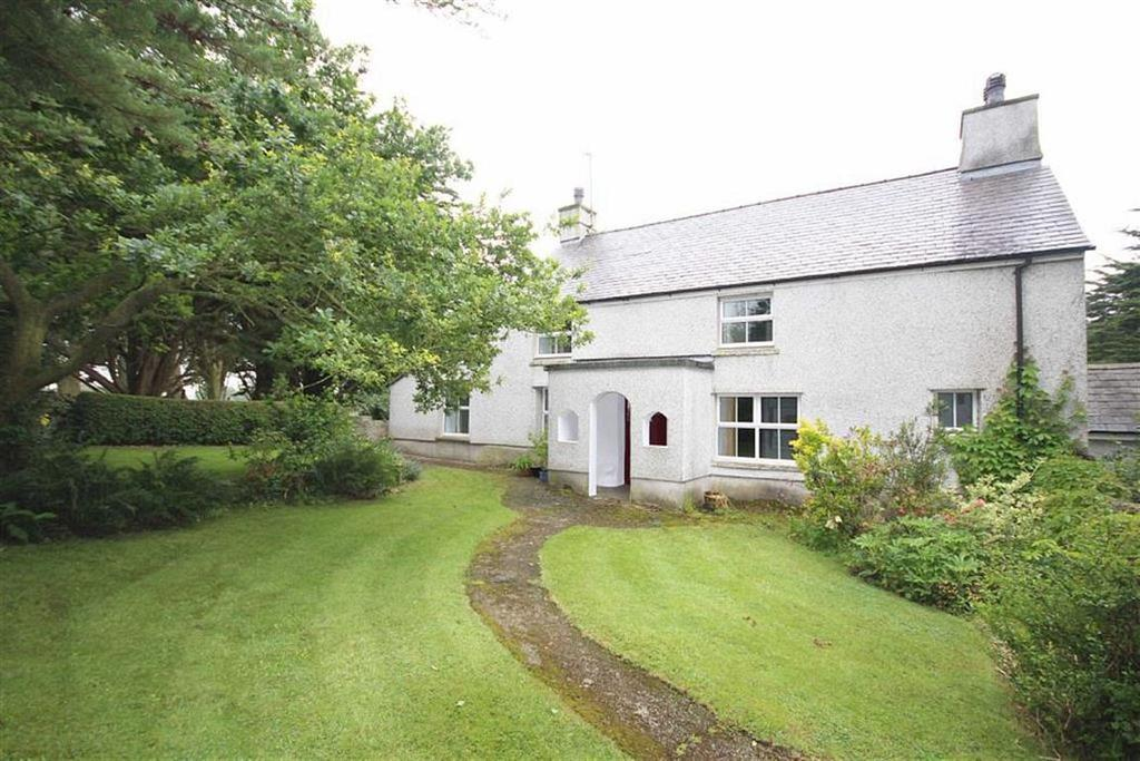 3 Bedrooms Detached House for sale in Llanfechell, Nr Cemaes Bay, Anglesey, LL68
