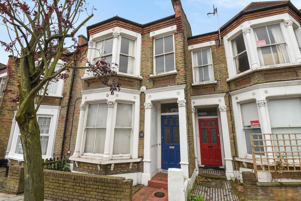 2 Bedrooms Flat for sale in Aspinall Road, Brockley, SE4