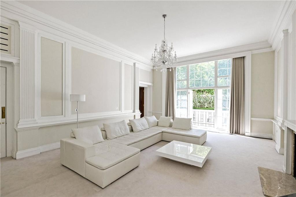 2 Bedrooms Flat for sale in Connaught Place, Hyde Park, London, W2