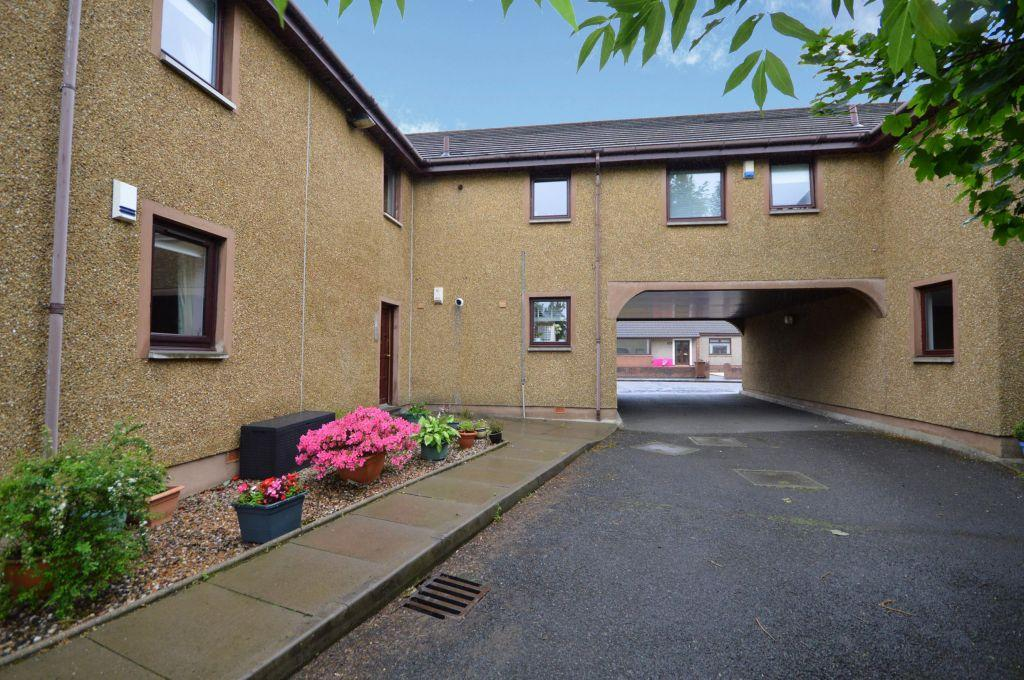1 Bedroom Ground Flat for sale in Flat 2, 126-130, Main Street, Chryston, Glasgow, G69 9LD