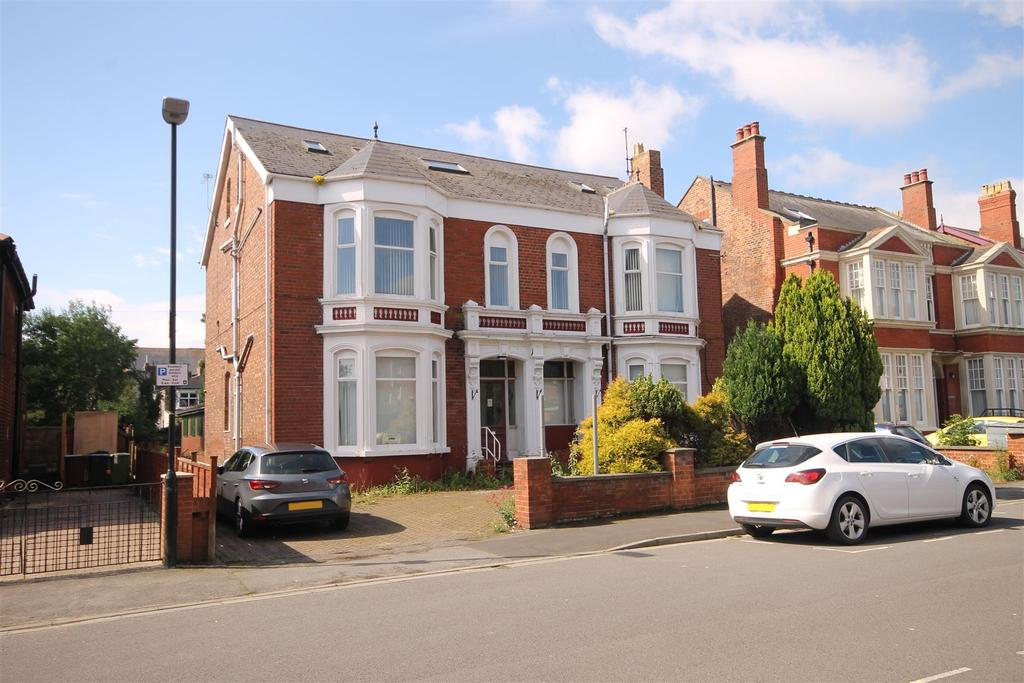 25 Bedrooms Detached House for sale in Hutton Avenue, Hartlepool