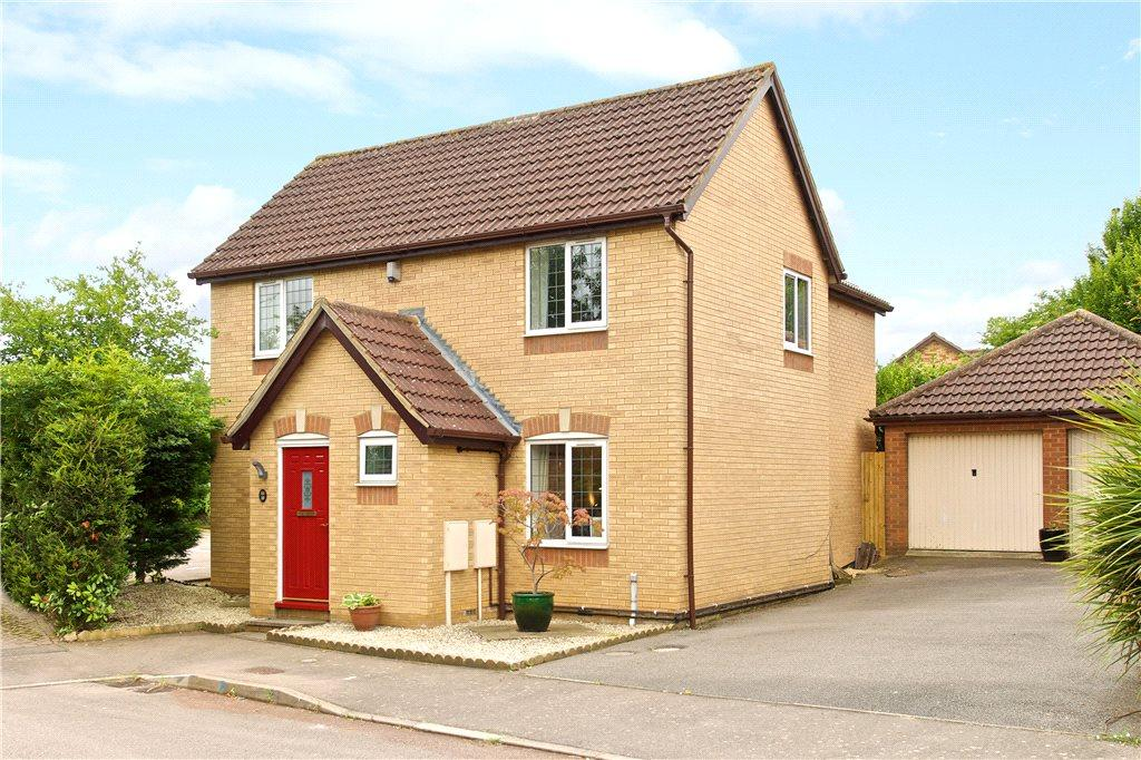 4 Bedrooms Detached House for sale in Faraday Close, Upton, Northamptonshire