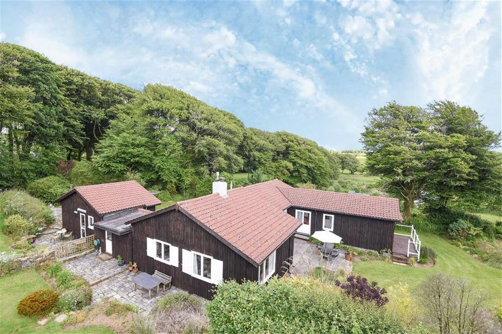 5 Bedrooms Detached House for sale in Davidstow, Camelford, Cornwall, PL32