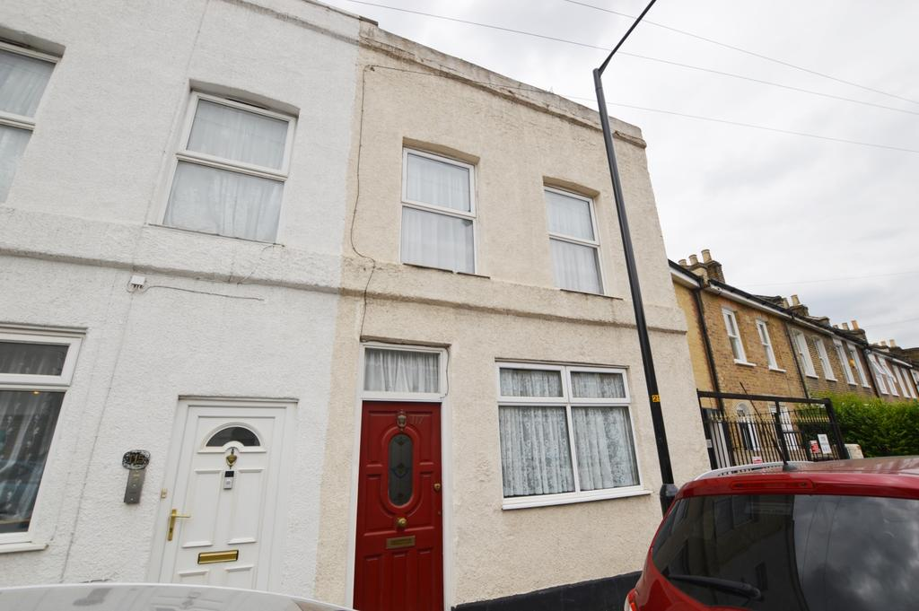 2 Bedrooms Terraced House for sale in Kirkwood Road Peckham SE15