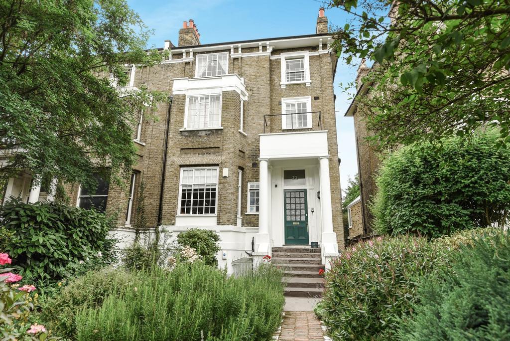 1 Bedroom Flat for sale in Granville Park London SE13