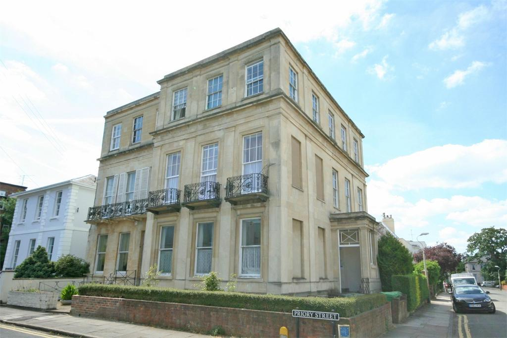 1 Bedroom Flat for sale in Carlton Street, Cheltenham