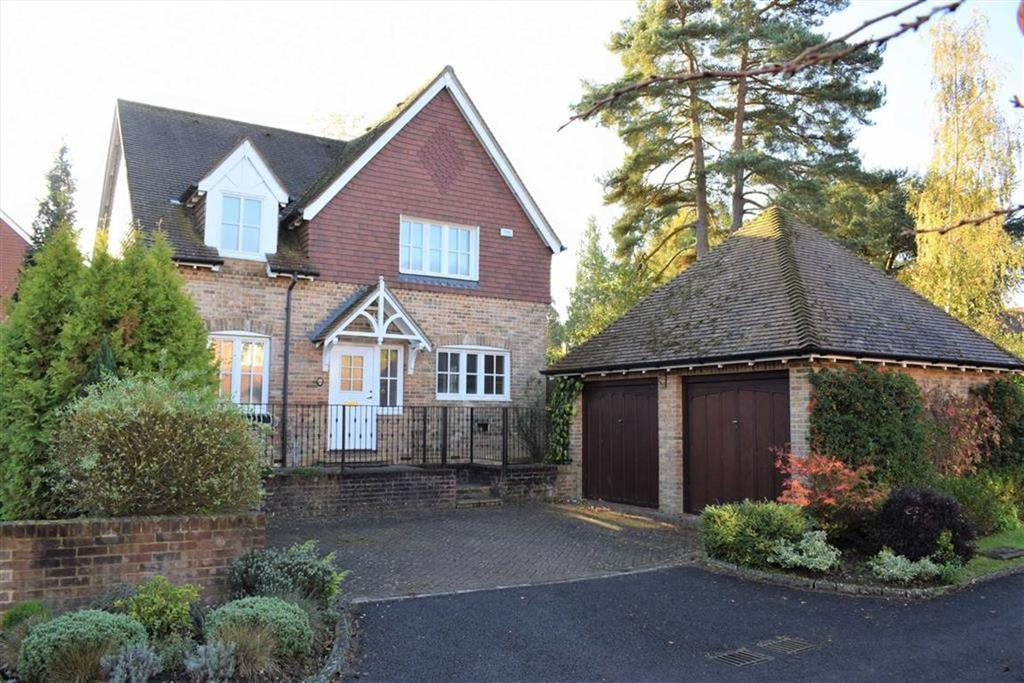 4 Bedrooms Detached House for sale in Staceys Meadow, Elstead Godalming, Surrey