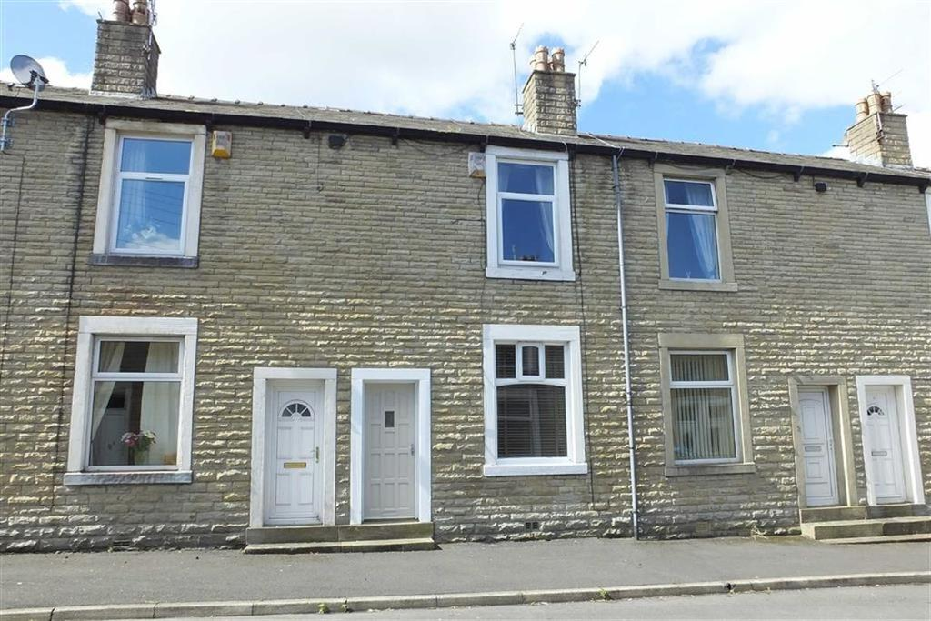 2 Bedrooms Terraced House for sale in Clayton Street, Barnoldswick, Lancashire, BB18