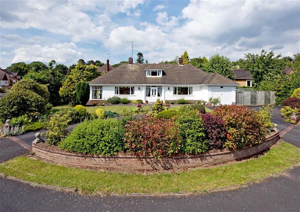 4 Bedrooms Detached Bungalow for sale in White Lodge, 18, Wightwick Hall Road, Wightwick, Wolverhampton, West Midlands, WV6