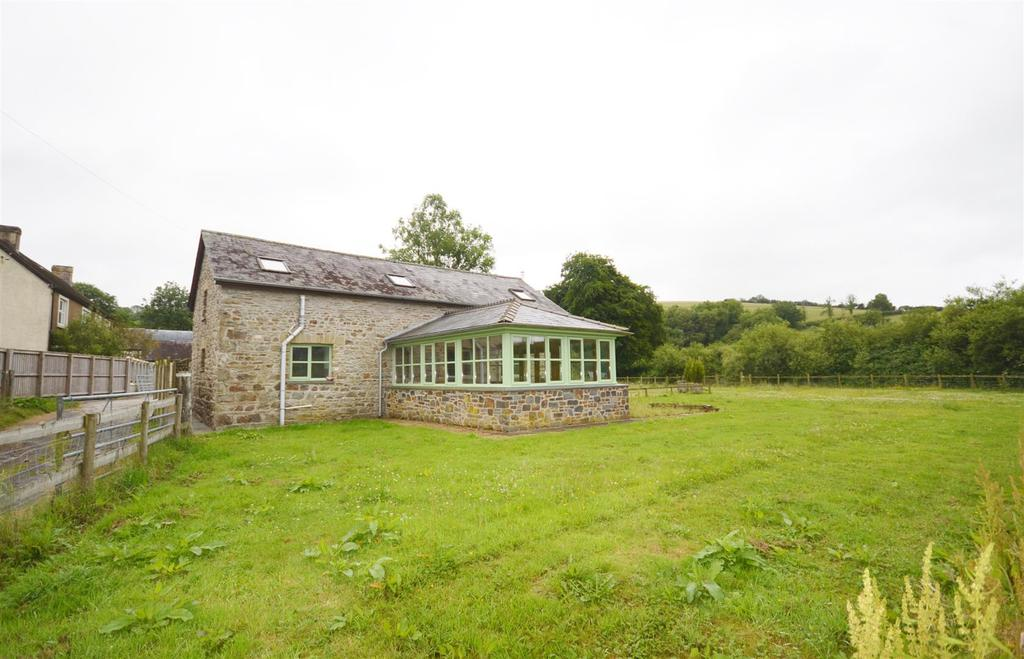 3 Bedrooms Barn Conversion Character Property for sale in Rhydargaeau, Carmarthen