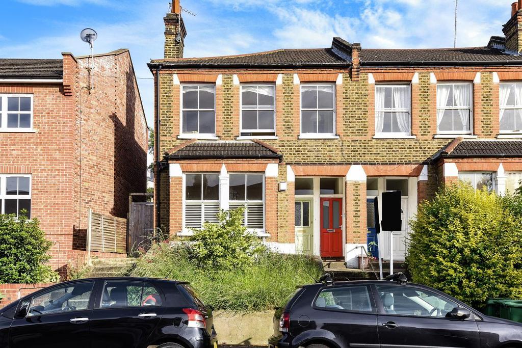 2 Bedrooms Maisonette Flat for sale in Hillcourt Road, East Dulwich