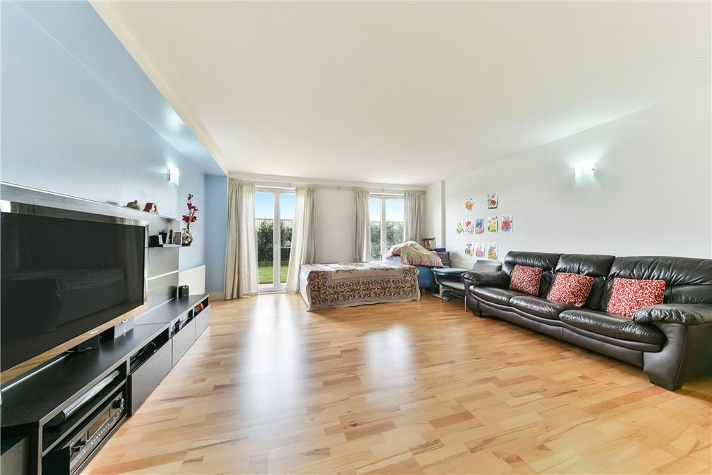 2 Bedrooms Flat for sale in Vanguard Building, 18 Westferry Road, London, E14