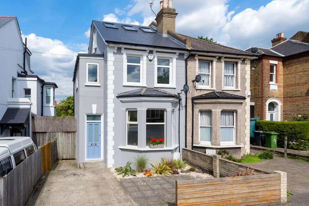3 Bedrooms Semi Detached House for sale in Houston Road Forest Hill