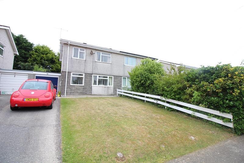 3 Bedrooms Semi Detached House for sale in Lower Lamphey Road, Pembroke, Pembrokeshire. SA71 4AE