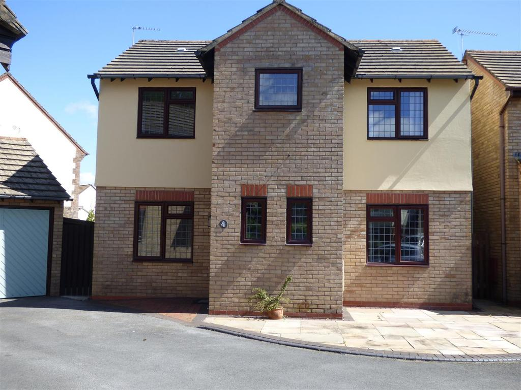3 Bedrooms Detached House for sale in Coed Y Plas, Johnstown