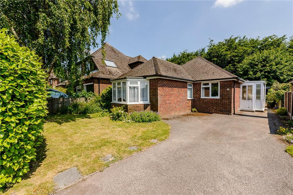 3 Bedrooms Detached Bungalow for sale in Woodfield Drive, Winchester, Hampshire, SO22