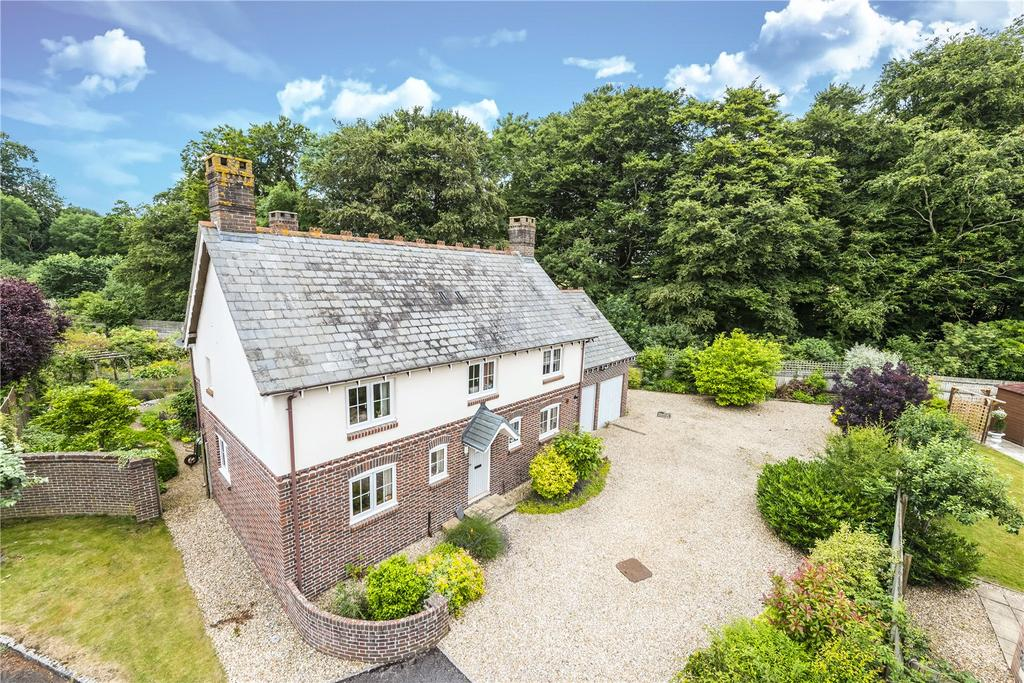 4 Bedrooms Detached House for sale in Fosters Meadows, Winterborne Whitechurch, Blandford Forum, Dorset