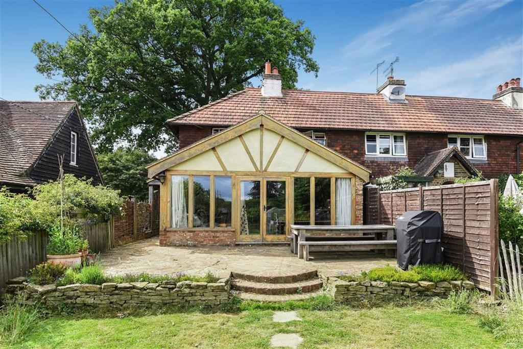 2 Bedrooms Cottage House for sale in Parklands Farm Cottages, Shere, Surrey, GU5