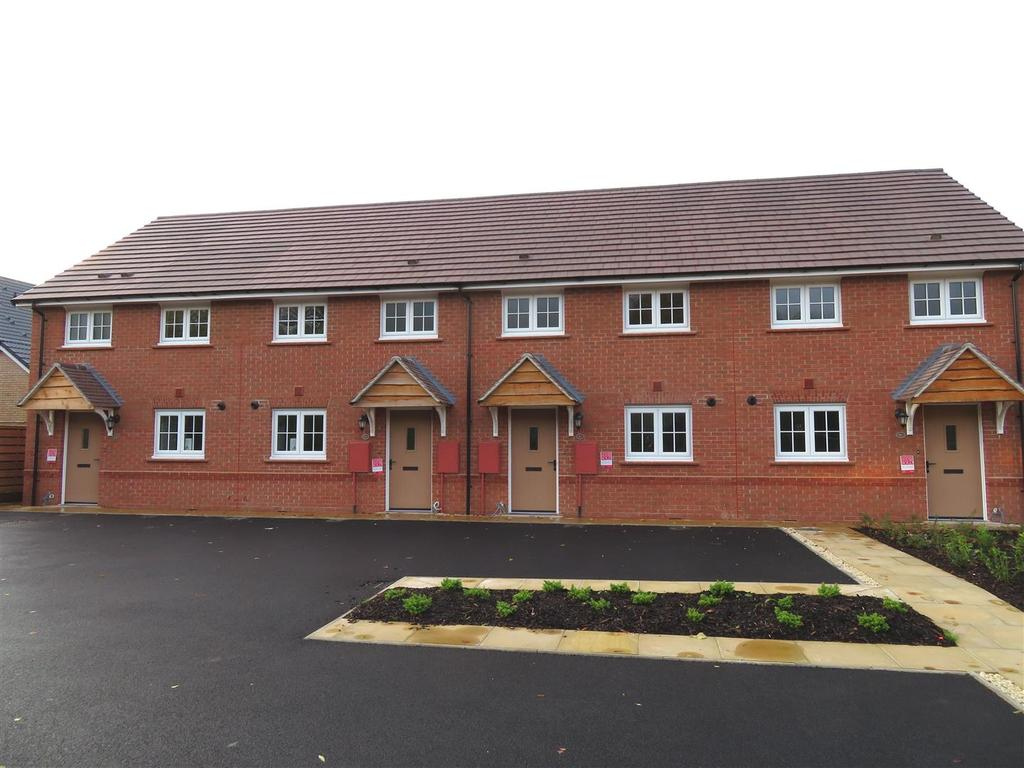 2 Bedrooms Town House for sale in 20 Lime Tree Meadows, Ellesmere Road, Shrewsbury