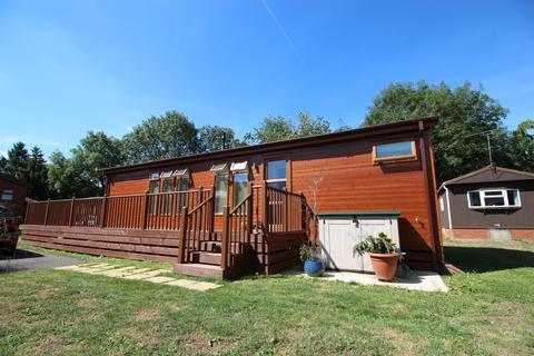 2 bedroom detached bungalow for sale - Roydon Marina Village CM19