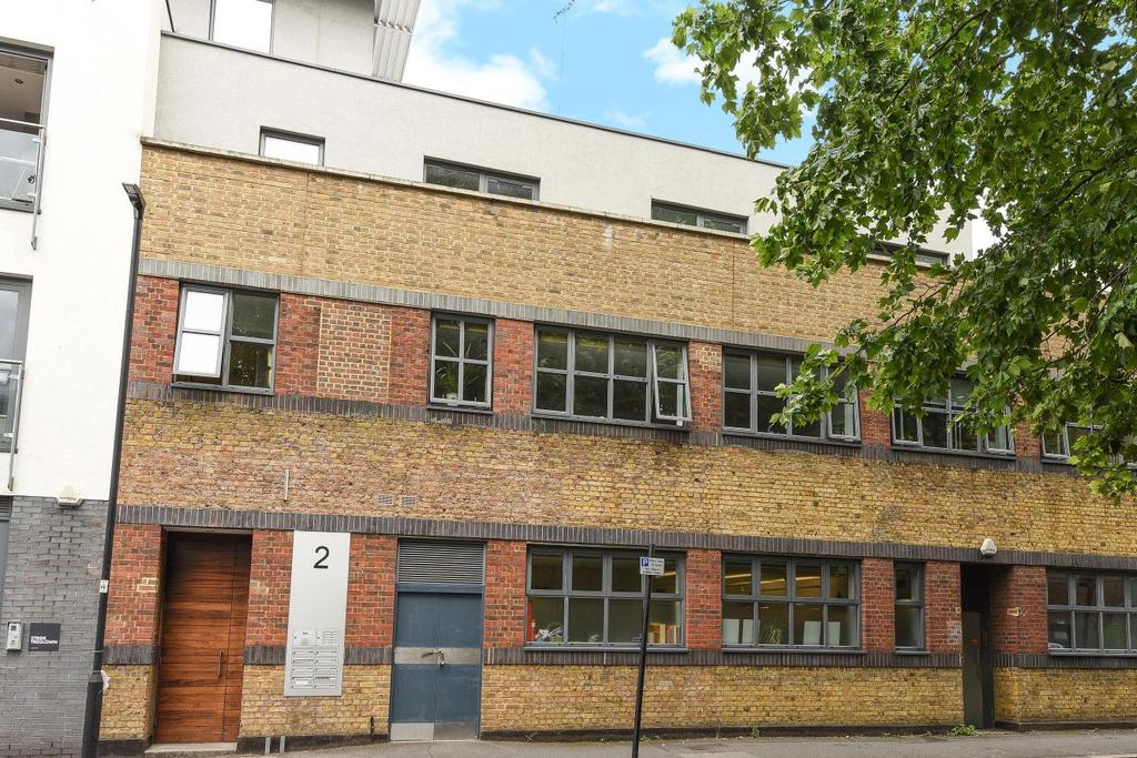 2 Bedrooms Flat for sale in Cosser Street, Lambeth North, SE1