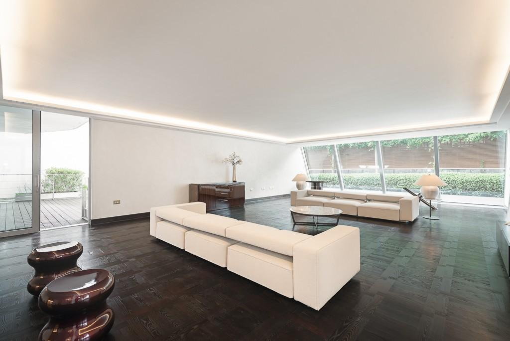 4 Bedrooms Flat for rent in Chesham Place, Belgravia, London, SW1X