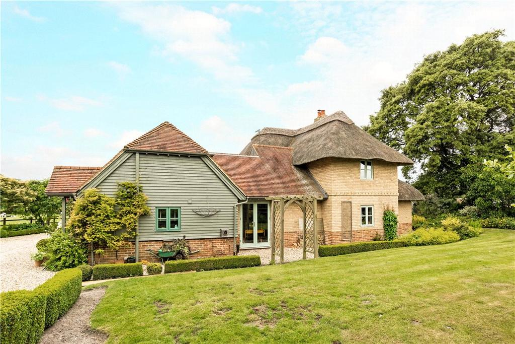 4 Bedrooms Detached House for sale in Alton Priors, Marlborough, Wiltshire, SN8